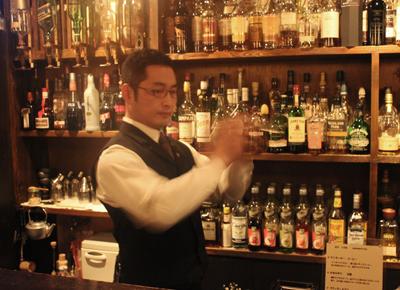 いい人と、いい酒で、いい夜ができあがる。「Bar Octave」_d0250986_1137228.jpg