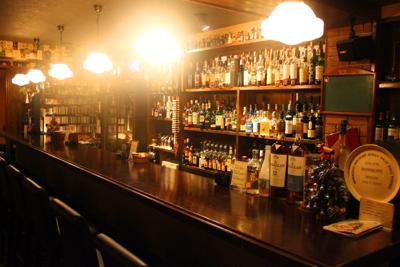 いい人と、いい酒で、いい夜ができあがる。「Bar Octave」_d0250986_11522678.jpg