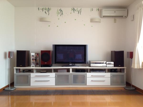 テレビ台を、ブロッ~ク!!_a0239890_14393675.jpg