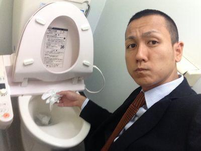 トミーと言えばトイレ掃除_b0127002_15255192.jpg