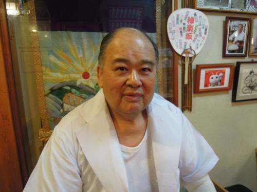 ちゃんこ琴乃富士店主でございます。_e0116211_1065914.jpg