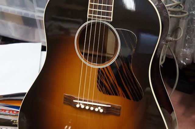 Gibson 1934 Origina Jumbo Flattop Reissue_d0192712_11195811.jpg