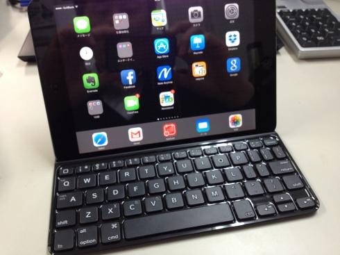 iPad用キーボード_d0085634_17045687.jpg