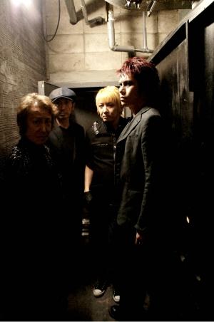 「ドラゴンボールZ」のベジータ役でお馴染みの声優・堀川りょう、Birth Shinjukuで定期的にライブを主催_e0025035_15174310.jpg