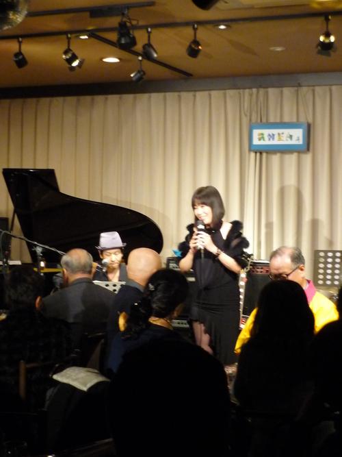 12/7(San) 加納歌佳LIVE_c0229062_14173476.jpg