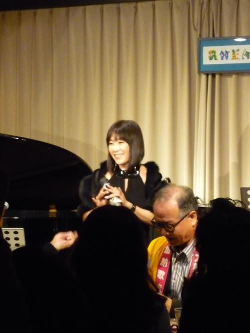 12/7(San) 加納歌佳LIVE_c0229062_14173965.jpg