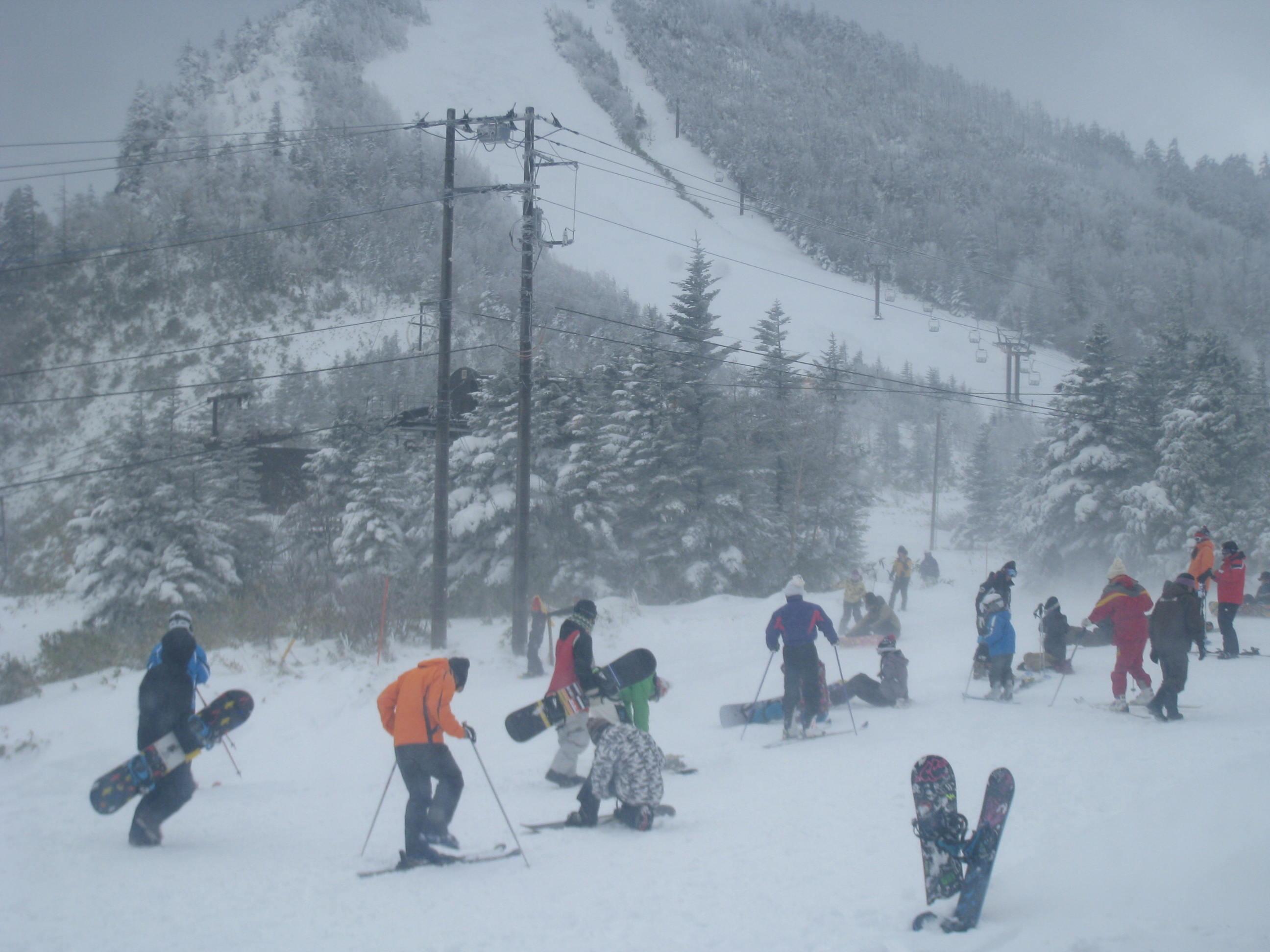 祝 草津国際スキー場オープン!_a0057828_2336013.jpg