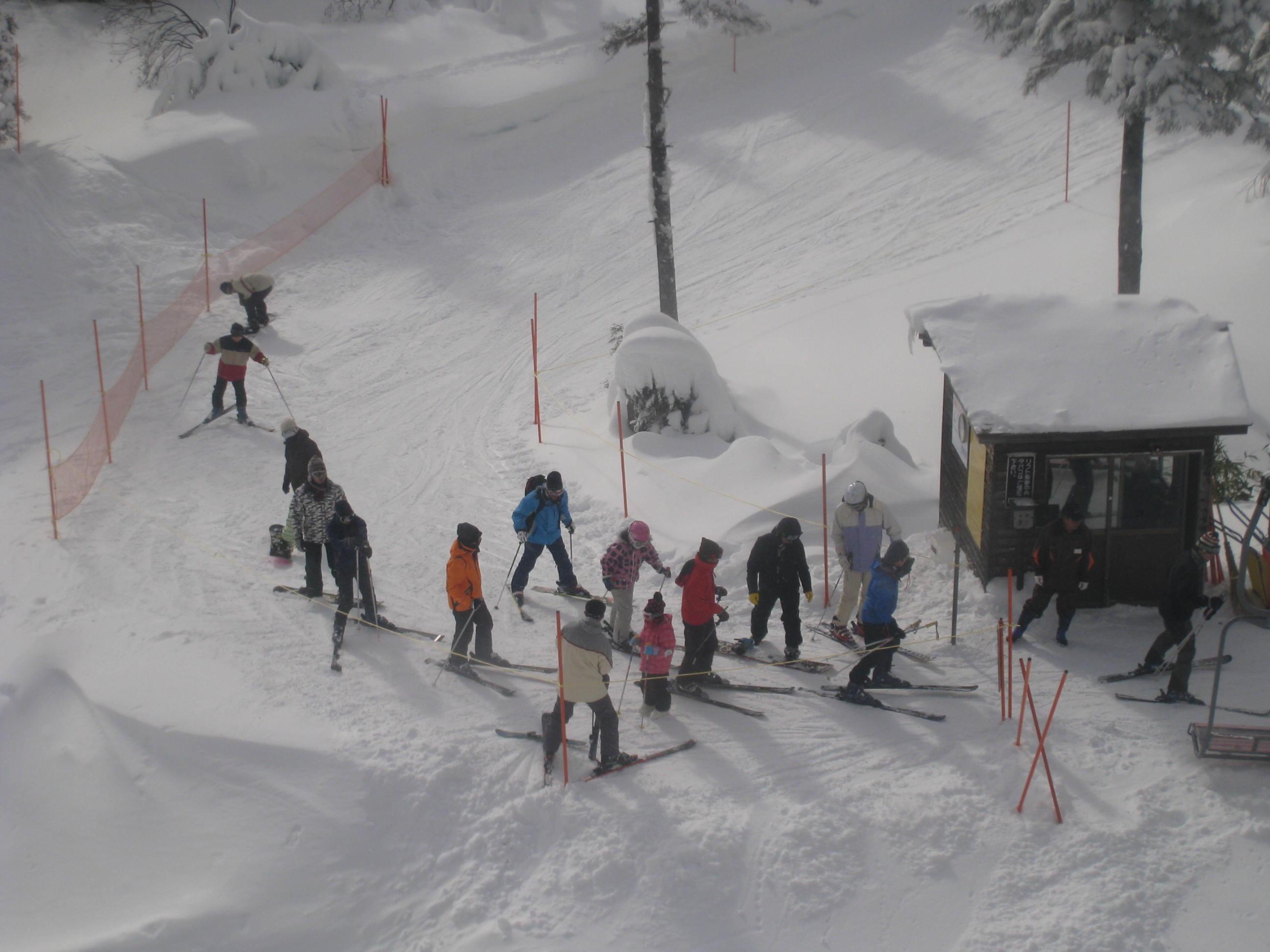祝 草津国際スキー場オープン!_a0057828_23363080.jpg