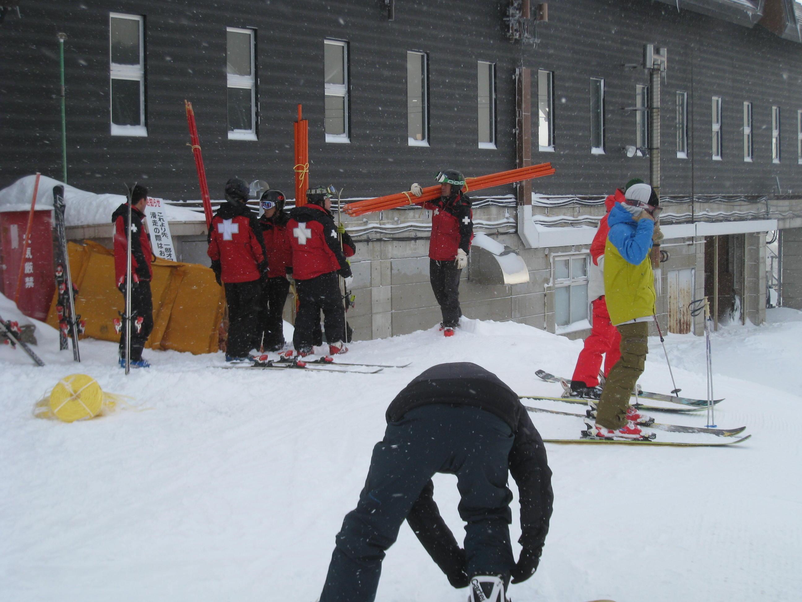 祝 草津国際スキー場オープン!_a0057828_2338456.jpg