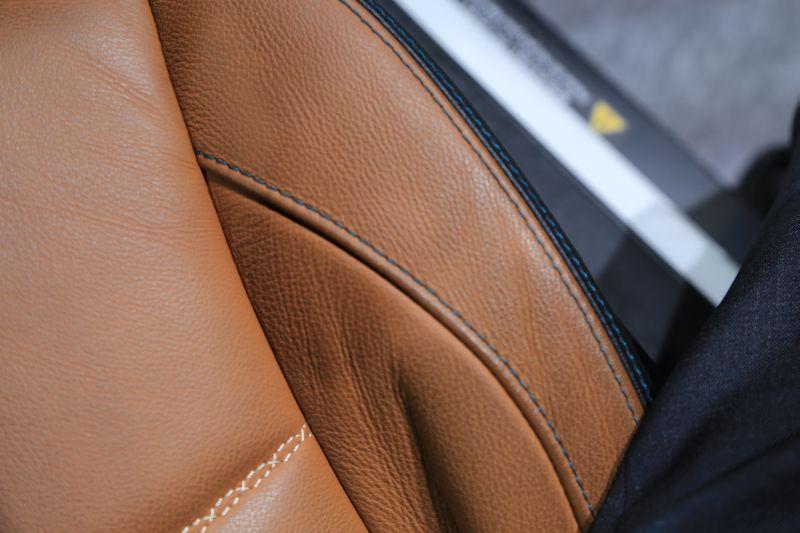 名古屋モーターショーでエクシーガ版XVを眺める_f0076731_162081.jpg