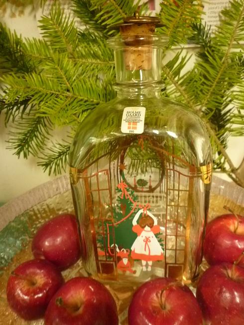 ミニマリアから アドベントを楽しむ贈り物 ホルムガードHolmegaad のクリスマス・ボトル 。*:・゚`☆*†_a0053662_15235230.jpg