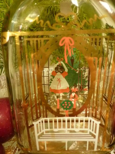 ミニマリアから アドベントを楽しむ贈り物 ホルムガードHolmegaad のクリスマス・ボトル 。*:・゚`☆*†_a0053662_15391441.jpg