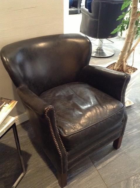 HALOの椅子_d0171835_20382664.jpg