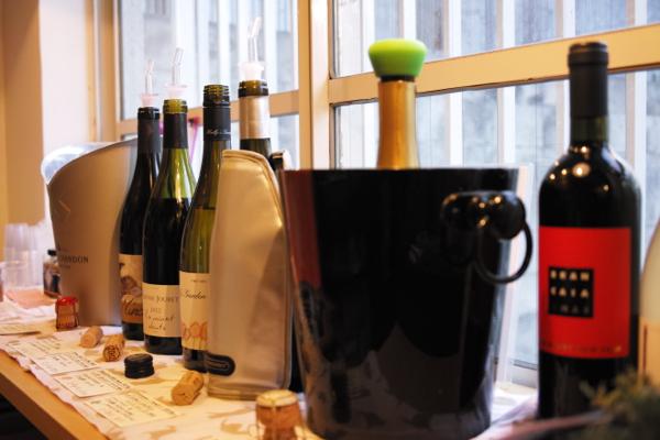 晴天 ワインと花_b0129548_10101677.jpg