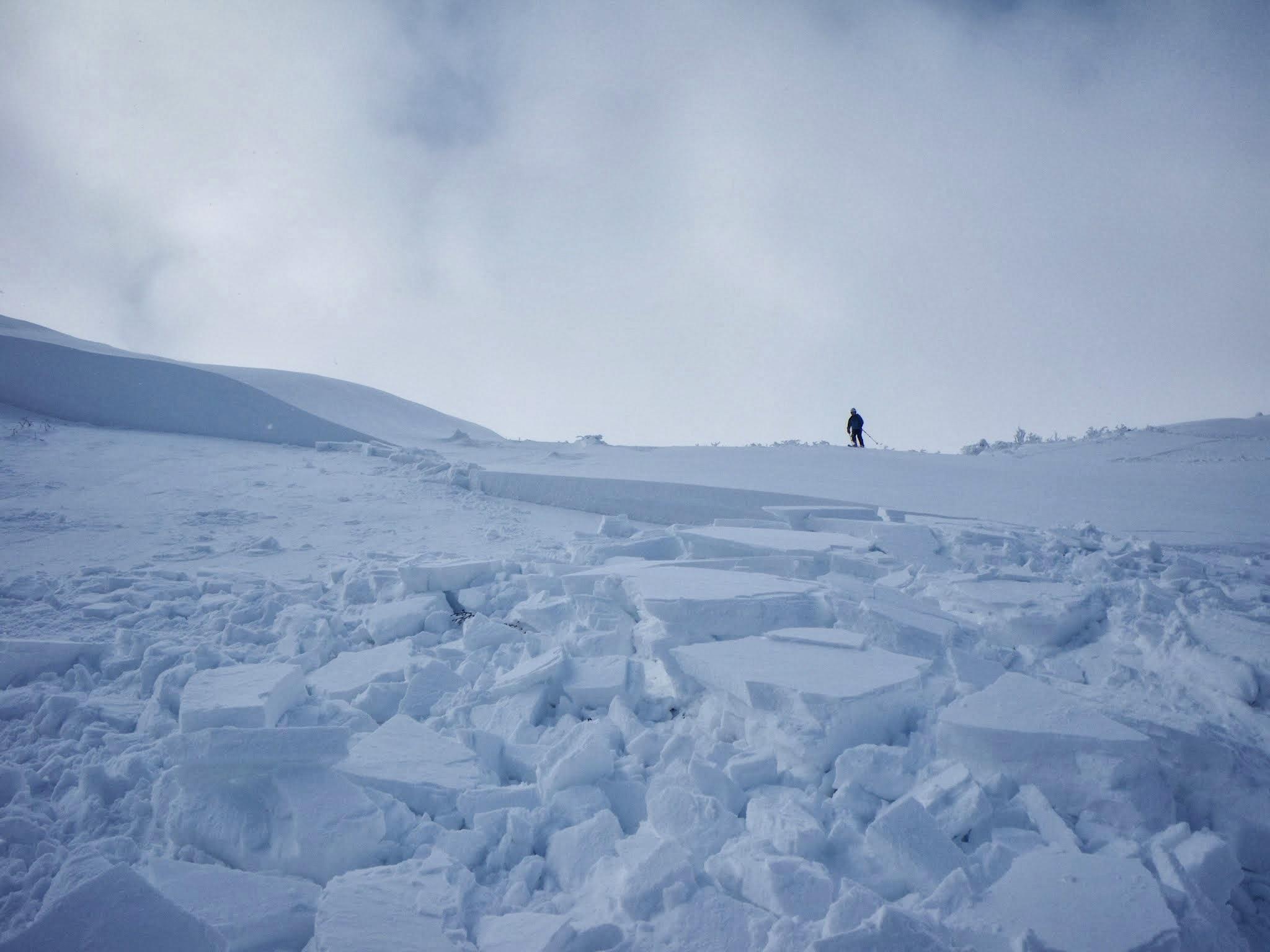 刈田岳井戸沢の雪崩について_f0170180_13131494.jpg