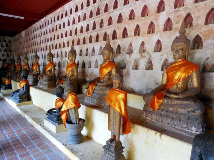 ヴィエンチャン最古の寺院、ワット・シーサケット_d0116009_10103735.jpg