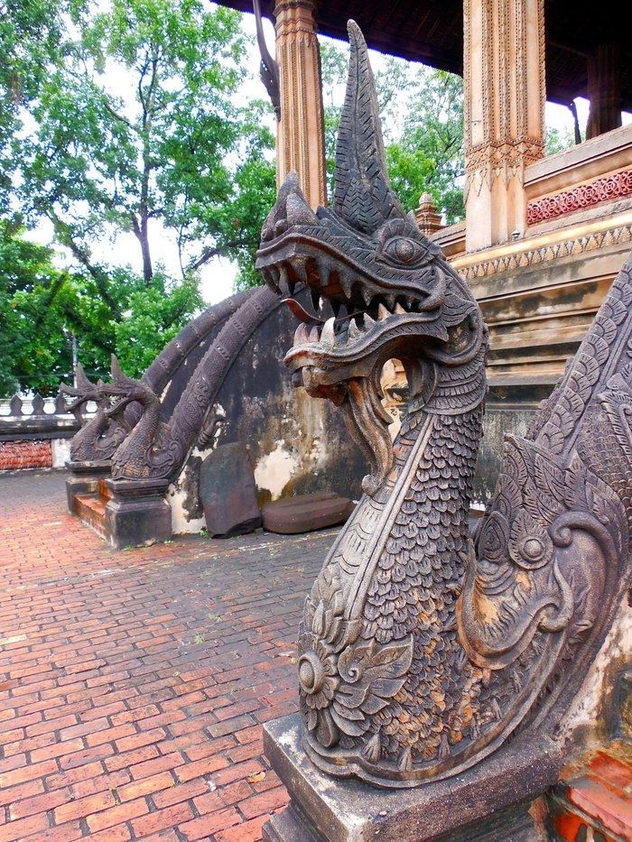 ヴィエンチャン最古の寺院、ワット・シーサケット_d0116009_10124218.jpg