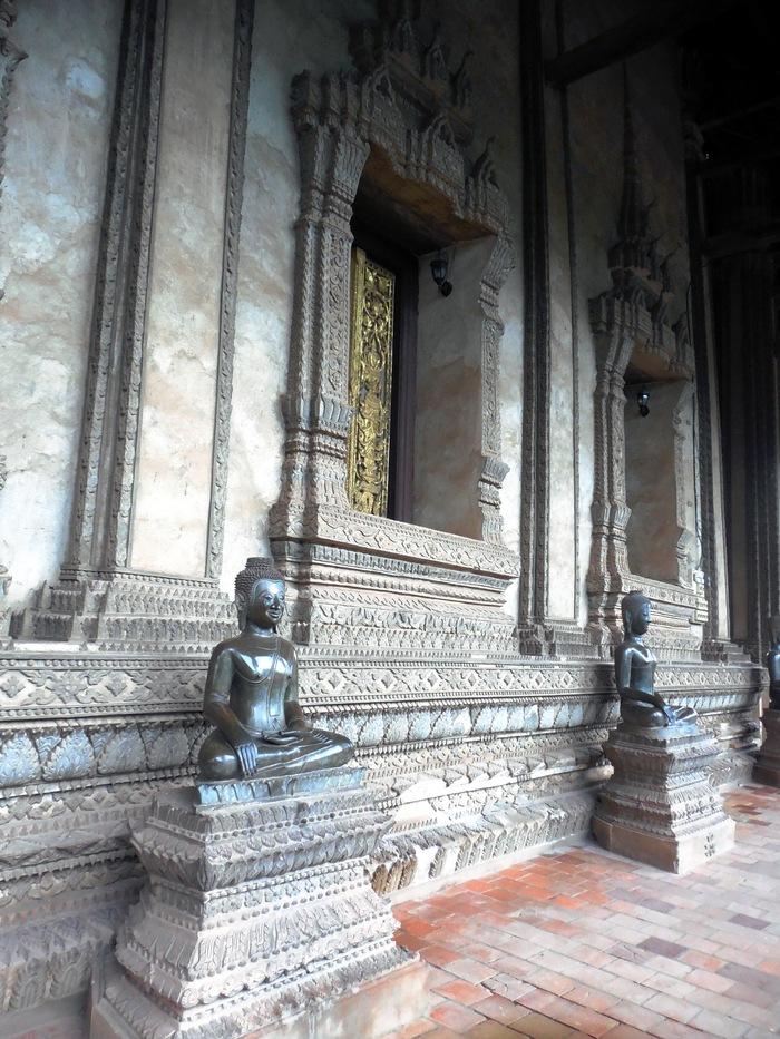 ヴィエンチャン最古の寺院、ワット・シーサケット_d0116009_10162539.jpg
