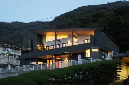 ~山に抱かれた暮らしを楽しむ~★自然の潤いと共に暮らす家★の写真をホームページに記載しました_d0082356_11211259.jpg