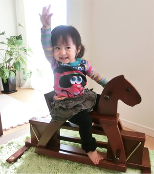 【カワイの木馬さん】_d0224894_1852448.jpg
