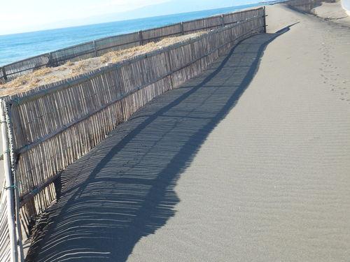 砂紋を眺めながら...湘南海岸を散歩!_b0137932_21523621.jpg