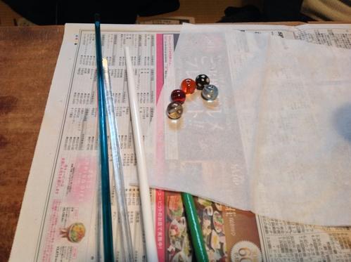 あまたの会『トンボ玉・ガラス教室』ご報告_b0153663_1645954.jpg