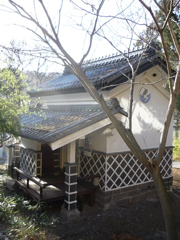 中棚荘での展示が始まりました。_f0227395_10345253.jpg