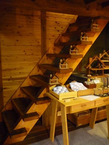 中棚荘での展示が始まりました。_f0227395_10371530.jpg