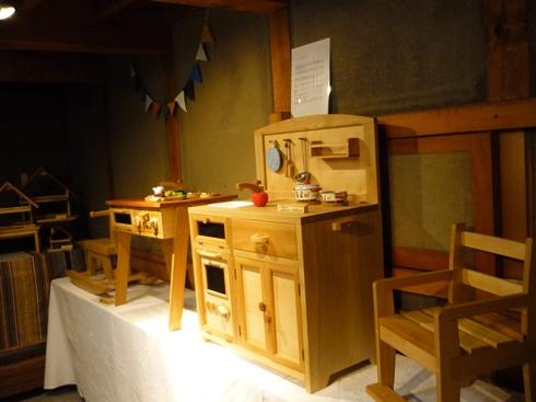 中棚荘での展示が始まりました。_f0227395_1037417.jpg