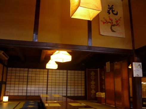 中棚荘での展示が始まりました。_f0227395_1114362.jpg