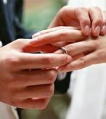 なぜ…婚約指輪はダイヤモンド...(ω・ )ゝ?_b0309424_17413372.jpg