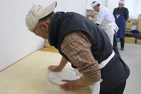 新蕎麦の収穫祭だ!_e0175370_14243543.jpg