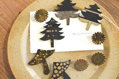 クリスマス ブローチ 冬の装い _d0263815_17423474.jpg