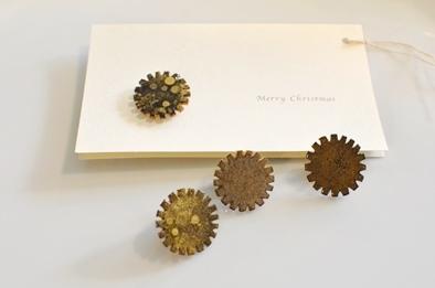 クリスマス ブローチ 冬の装い _d0263815_17522432.jpg
