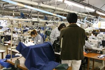 factory_b0126847_105723100.jpg