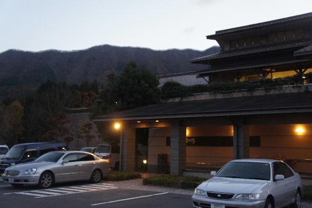 出雲の旅 (1) いわみ温泉 香遊館と香木の森公園_c0011649_0475997.jpg