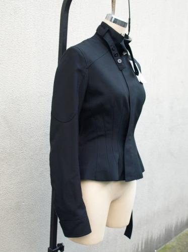 ニコラ・ゲスキエールによるBALENCIAGA(バレンシアガ)のジャケット_e0122680_2053050.jpg