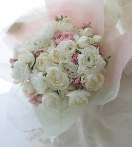 お誕生日おめでとうございます ある花嫁様へ 花婿様からのプレゼント_a0042928_19361934.jpg