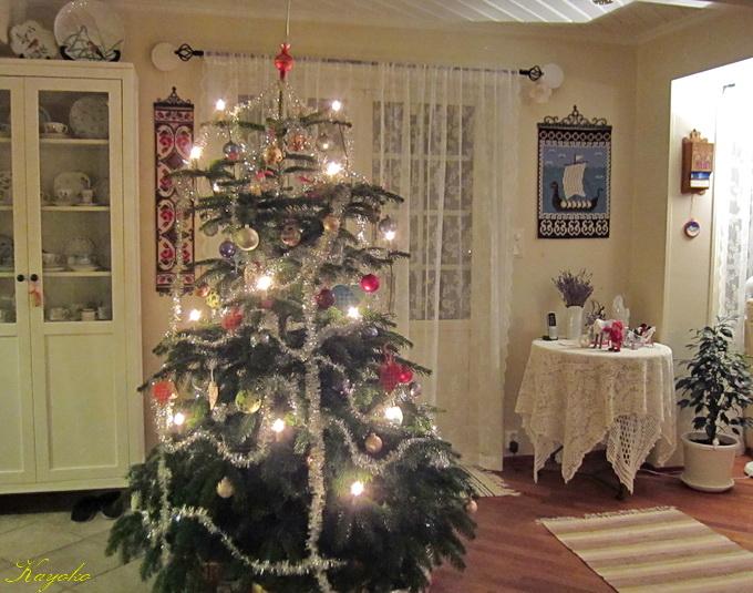 クリスマスツリー_a0086828_2581935.jpg