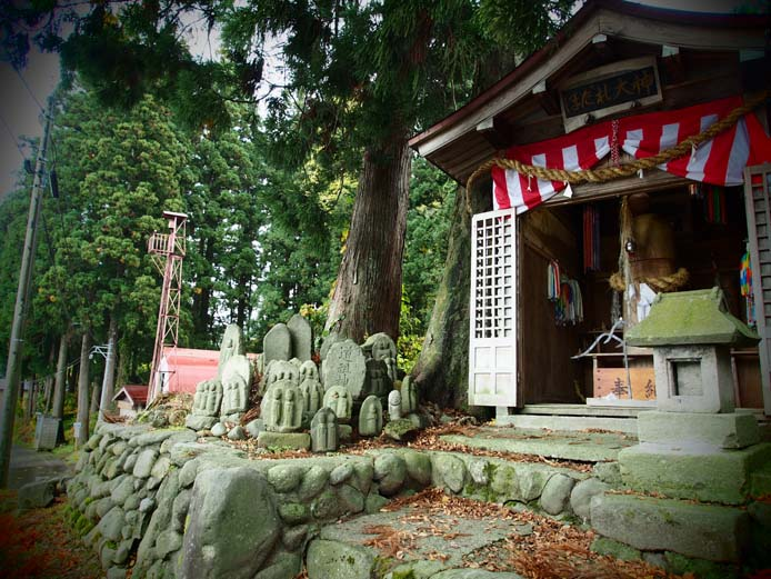 ほだれ神社 - Ⅱ                新潟県・長岡市下来伝_d0149245_2326108.jpg
