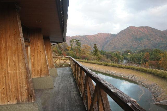 出雲の旅 (1) いわみ温泉 香遊館と香木の森公園_c0011649_9315121.jpg