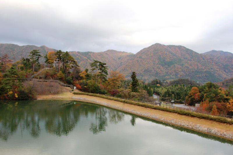 出雲の旅 (1) いわみ温泉 香遊館と香木の森公園_c0011649_9342096.jpg