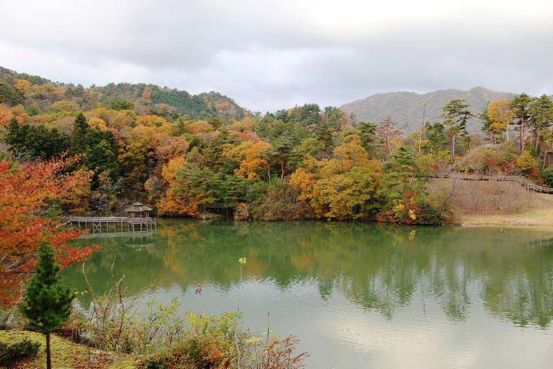 出雲の旅 (1) いわみ温泉 香遊館と香木の森公園_c0011649_934414.jpg