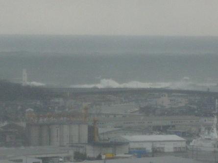 荒れる日本海、これぞ北陸の冬景色_f0281398_188185.jpg
