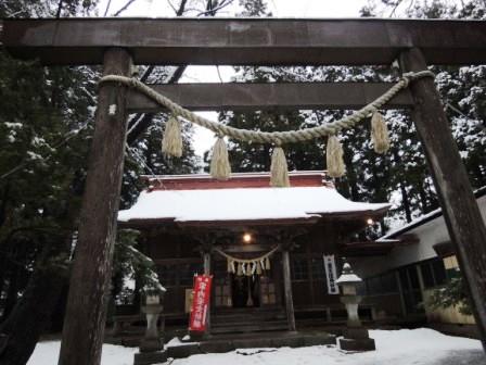 岩泉大神宮にて「龍泉洞の若水」お飾りの神事を行いました。_b0206037_1042879.jpg