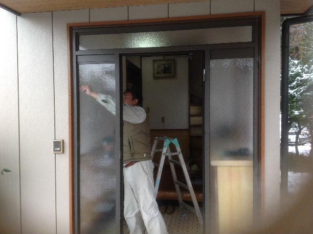 玄関ドア入れ替え工事_f0031037_19485874.jpg