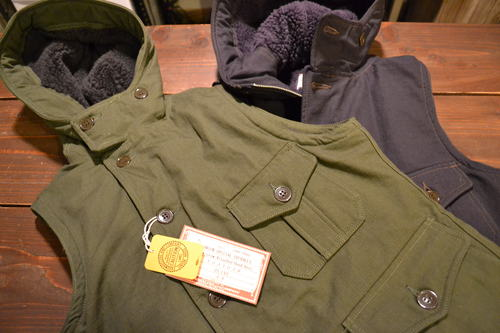 Air Crew Attached Hood Vest_d0160378_22344162.jpg