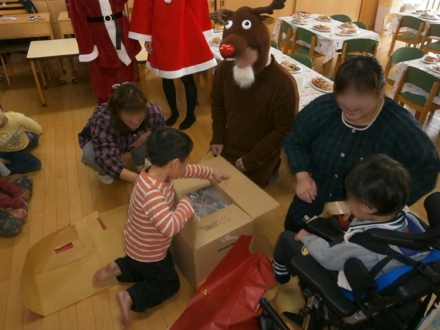 クリスマス会_e0148419_1034794.jpg