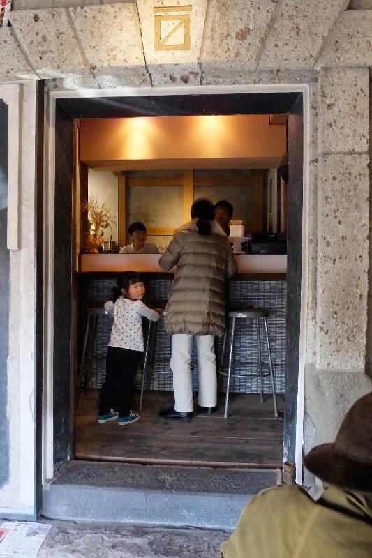 トコちゃん秋谷に来る_f0156448_20511306.jpg