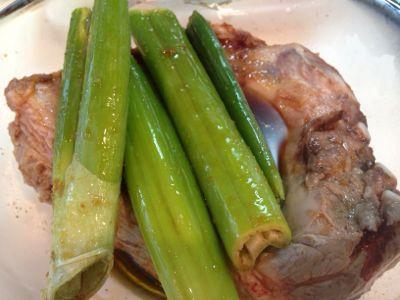 【レシピ】豚スペアリブの和風煮込み_e0326573_13425649.jpg